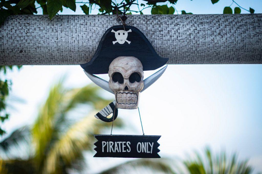 programas piratas software ilegal perigos